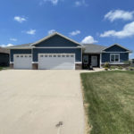 1467 7th Ave SE – Sioux Center